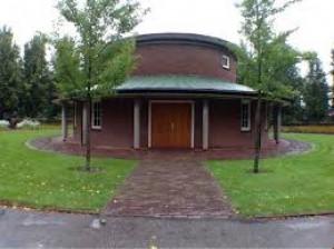 Aula Nieuwe Algemene Begraafplaats | Naarderstraat (niet in gebruik voor diensten)